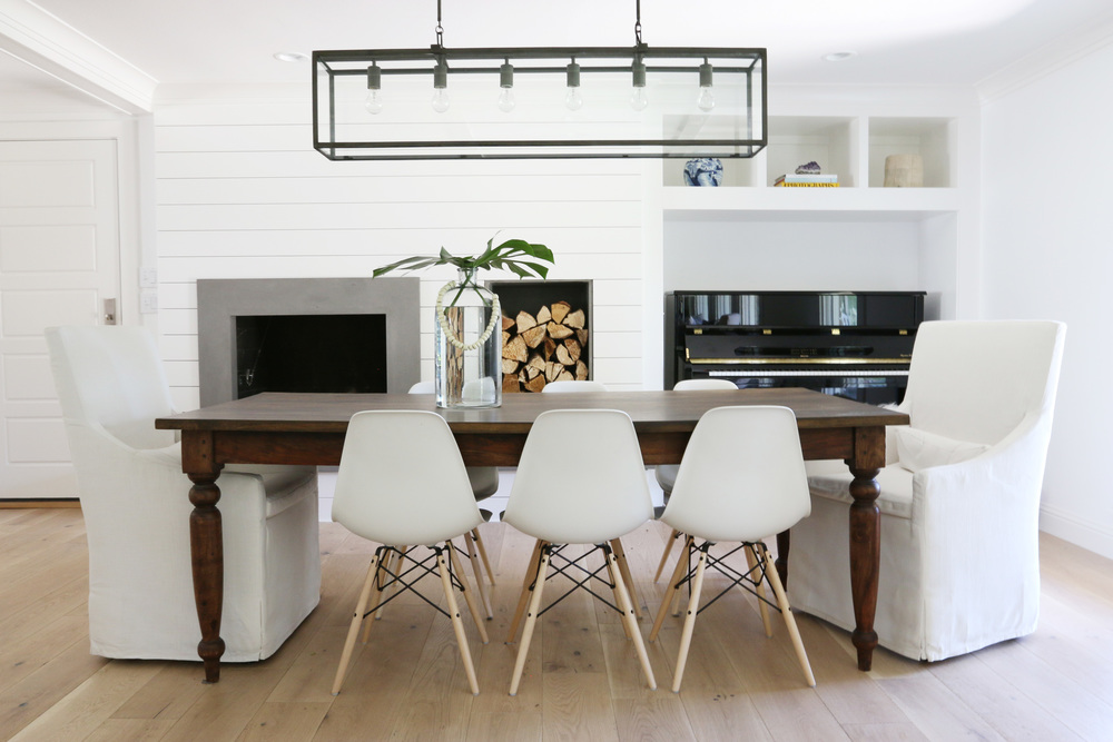 White+and+bright+dining+room+  +Studio+McGee