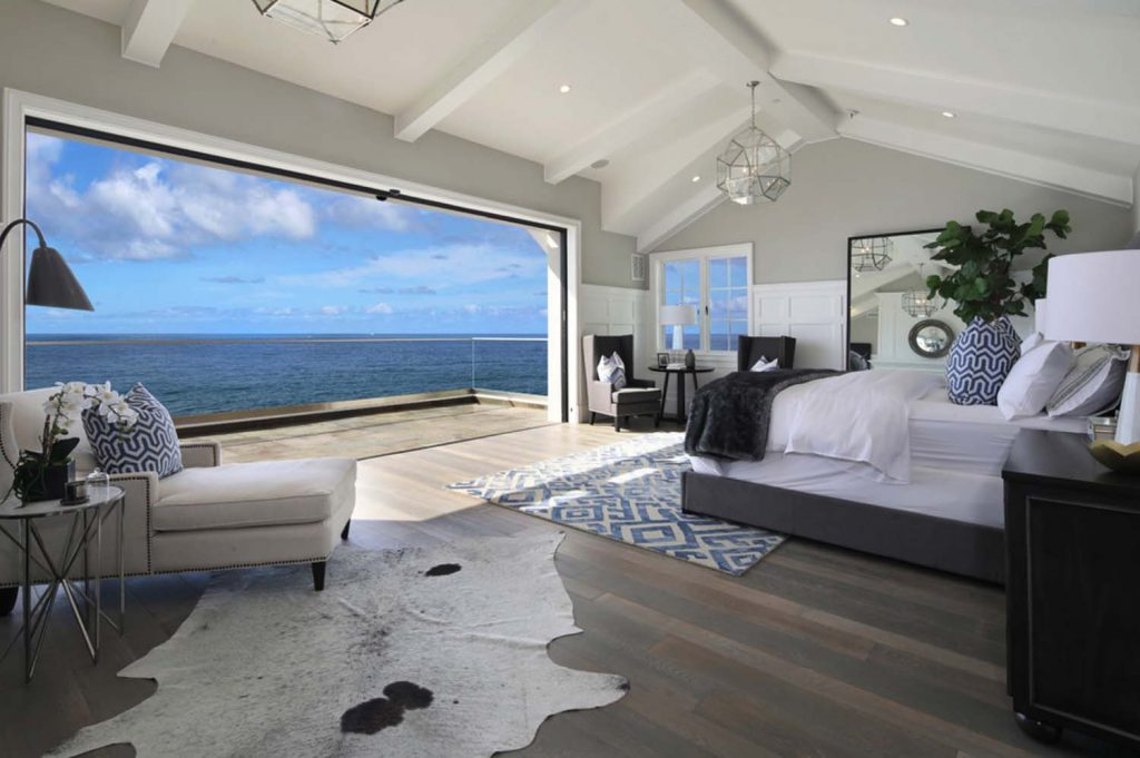Beach House Master Bedroom One Kind Design | RevolvingDecor.com