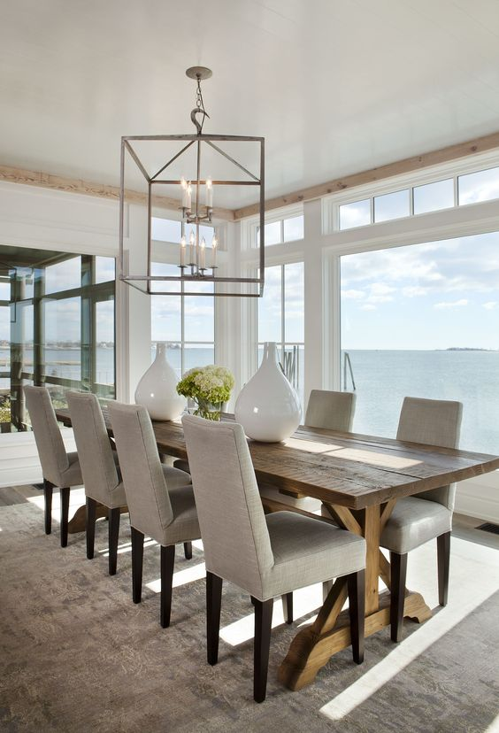 Beach House Dining Room | RevolvingDecor.com